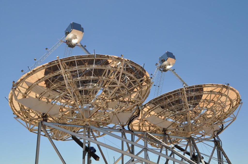 Zrcadla se neustále pohybují a upravují svojí pozici vzhledem ke Slunci. Zdroj: Ripasso Energy