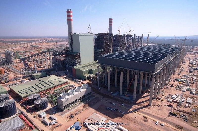 Stavba elektrárny v Medupi, která bude využívat technologii suchého chazení. Zdroj: http://www.aleita.co.za/