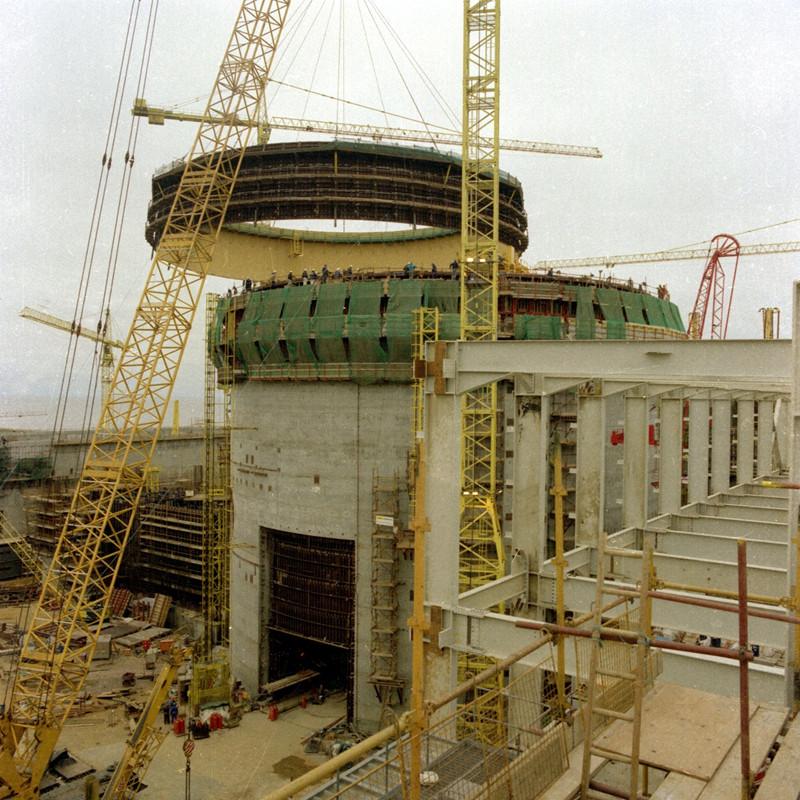 Sizewell B je klasickým tlakovodním reaktorem, který byl postaven v roce 1995 na základě projektu společnosti Westinghouse.