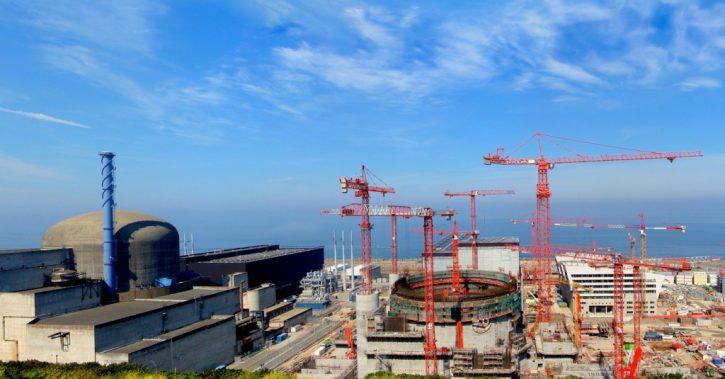 Flamanville výstavba EPR reaktoru. Autior: schoella