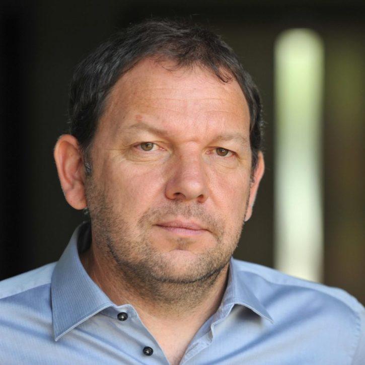 Michal Šnobr - Analytik energetika