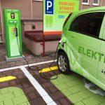 Síť veřejných dobíjecích stanic pro elektromobily se rozrůstá. Nově lze nabíjet i v Karviné