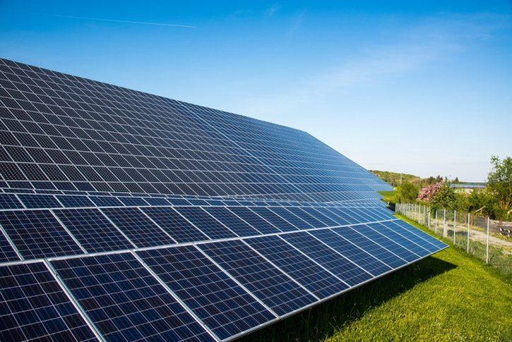solar-cells-491701_1280