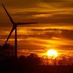 Díky rychlému rozvoji OZE mohou být záporné ceny elektřiny do 5 let i ve Velké Británii