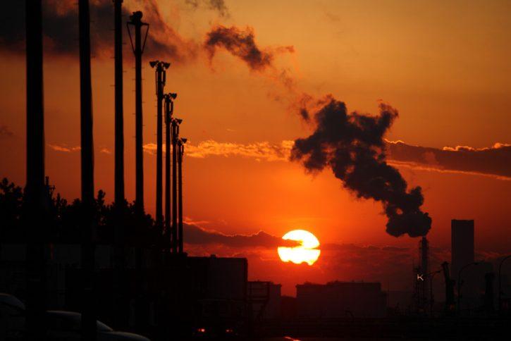 kouř, emise
