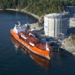 Americký zkapalněný plyn poteče do Evropy z plovoucího terminálu na Jadranu
