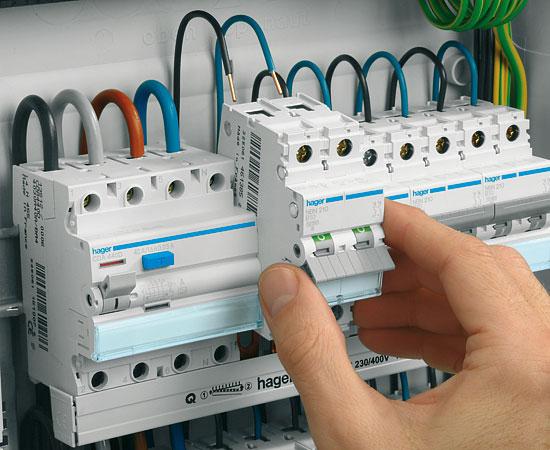 elektrický transformátor připojte seznamky tokyo