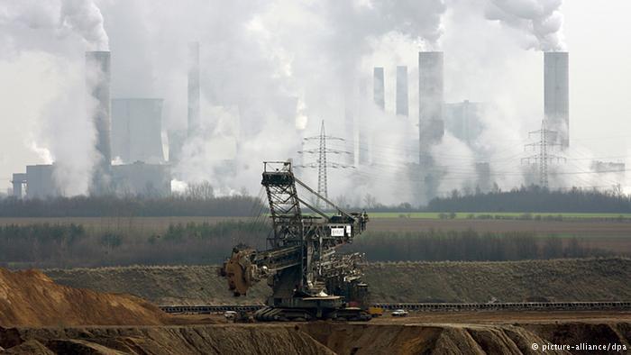 uhelný důl a elektrárna