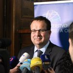 Ministr Mládek: ERÚ se průhledně snaží vyvléci ze své zákonné odpovědnosti