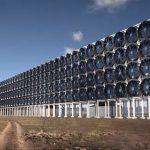 Obrovské 'větráky' zachytávají CO2 přímo ze vzduchu