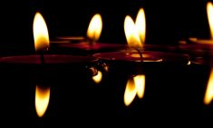 candles-626038_640