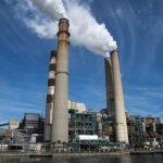 IEA: S růstem poptávky po energii loni rostly i globální emise CO2
