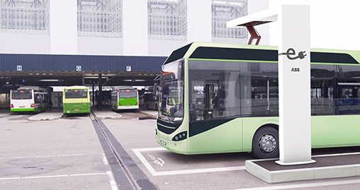 Ukázka připojení nabíjecího systému ABB k autobusu. Zdroj: abb.com.my