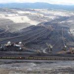 Aktivisté dnes vnikli do dolu Bílina, těžba uhlí musela být zastavena