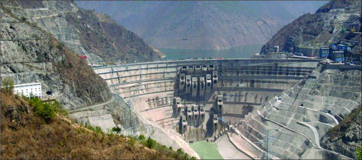 Nejvyšší položená vodní elektrárna na světě v Tibetu.