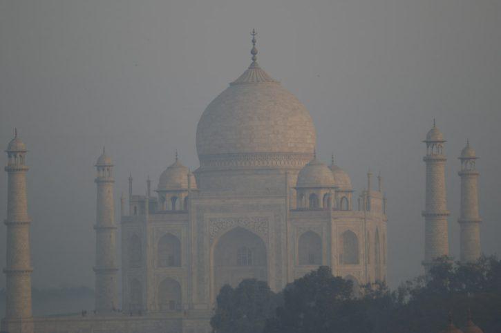 Taj Mahal Smog, Autor: Jaymis Loveday
