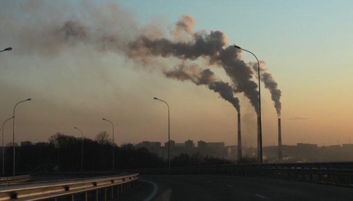 Poslko emise CO2