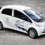Francie: Štědrá podpora elektromobilů bojuje se starými diesely