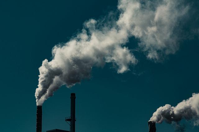 průmyslové emise