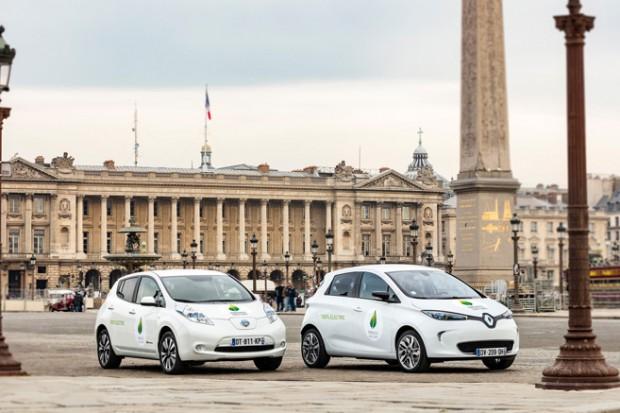 elektromobily v Paříži Zdroj: AVERE