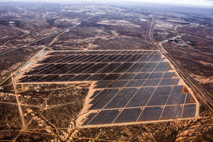 AGL-Broken-Hill-Solar-Plant-Looking-East