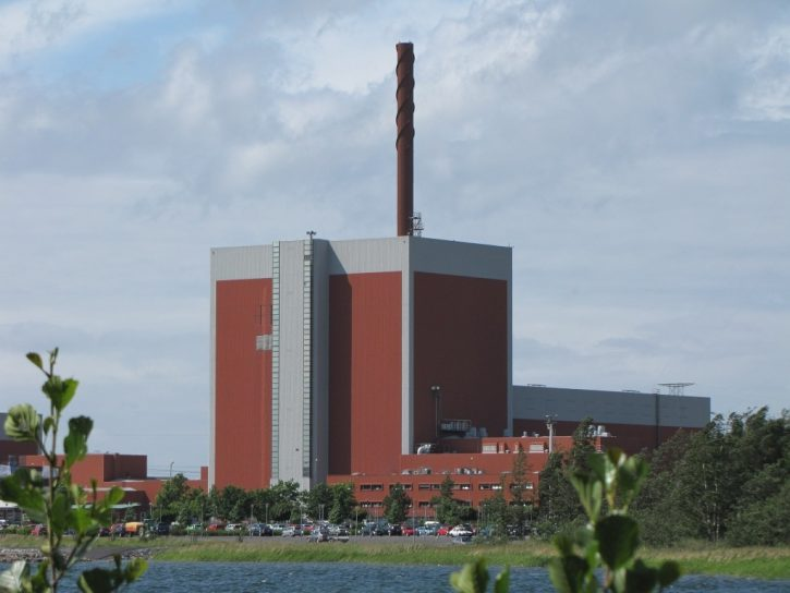 nuclear-power-plant-807622_1920