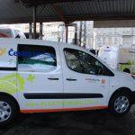 Česká pošta testuje doručování zásilek elektromobily