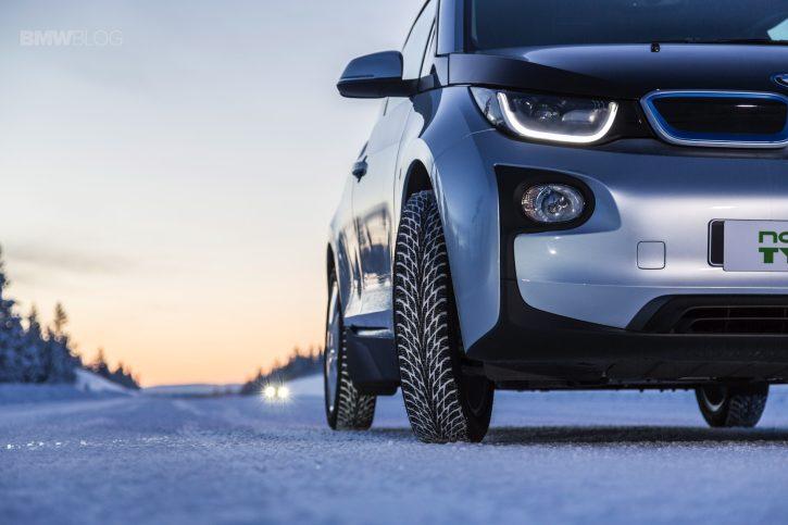 Revoluční zimní pneumatika pro BMW i3 - Nokian Tyres Hakkapelitta R2. Zdroj: BMW Blog