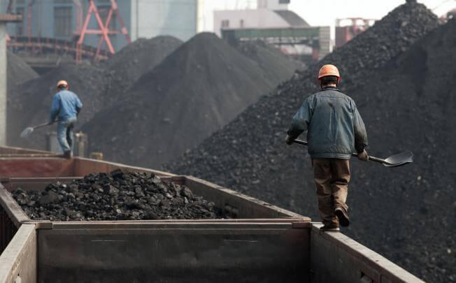 Těžba uhlí v Číně