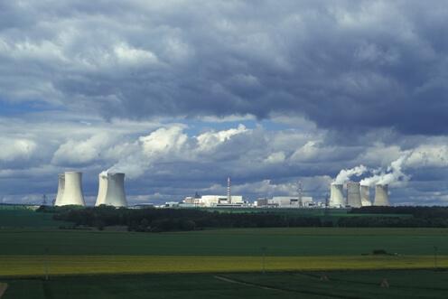 Jaderná elektrárna Dukovany Zdroj: cez.cz