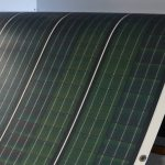 Inovativní mobilní solární systém lze rozbalit jako koberec