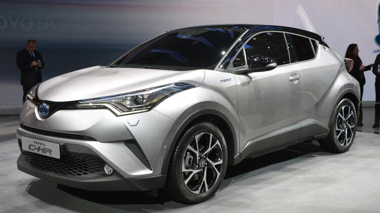 Crossover Toyota C-HR, zdroj: aolcdn.com