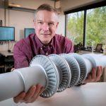 Může člověk unést turbínu o výkonu 10 MW? Podle GE ano