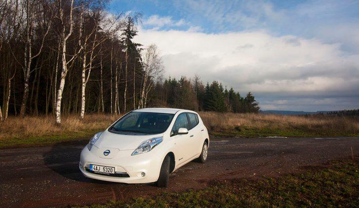 Nissan LEAF zapůjčený od Nissan Česká republika v Krkonoších, foto: Tomáš Jirka