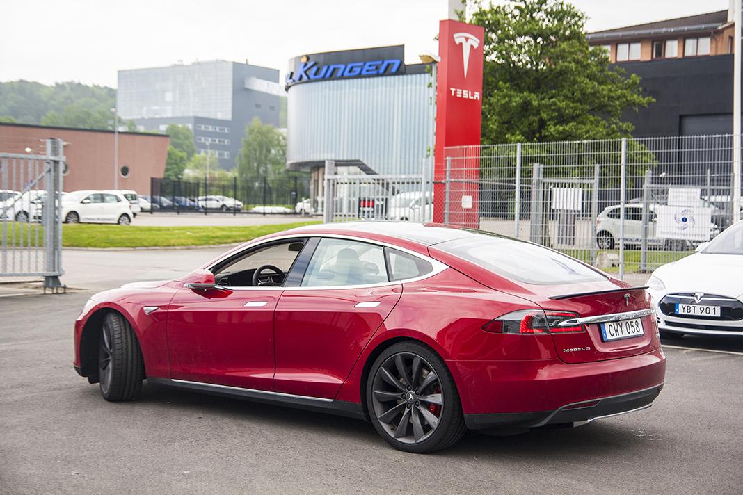 Tesla Model S P90D 2015 v Göteborgu, foto: Tomáš Jirka