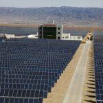 Čína plánuje pro letošek stanovit 18GW strop na instalaci velkých FVE