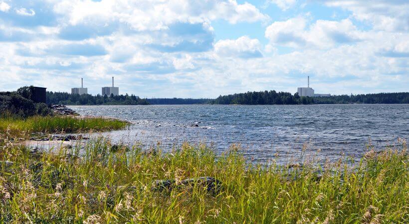 Pohled na 3 bloky JE Forsmark; Zdroj: Vattenfall