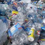 Vědci objevili novou metodu pro výrobu paliva z odpadního plastu