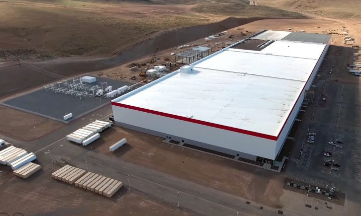 Tesla-Gigafactory-Drone-4K-Mar30-2016