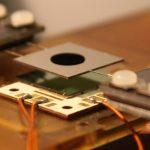 Revoluční solární články mohou překonat teoretický limit účinnosti 32 %