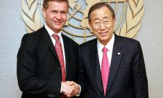 Photo Opportunity: The Secretary-General with H.E. Mr. Erik Solheim, Minister of the Environment and International Development, Norway