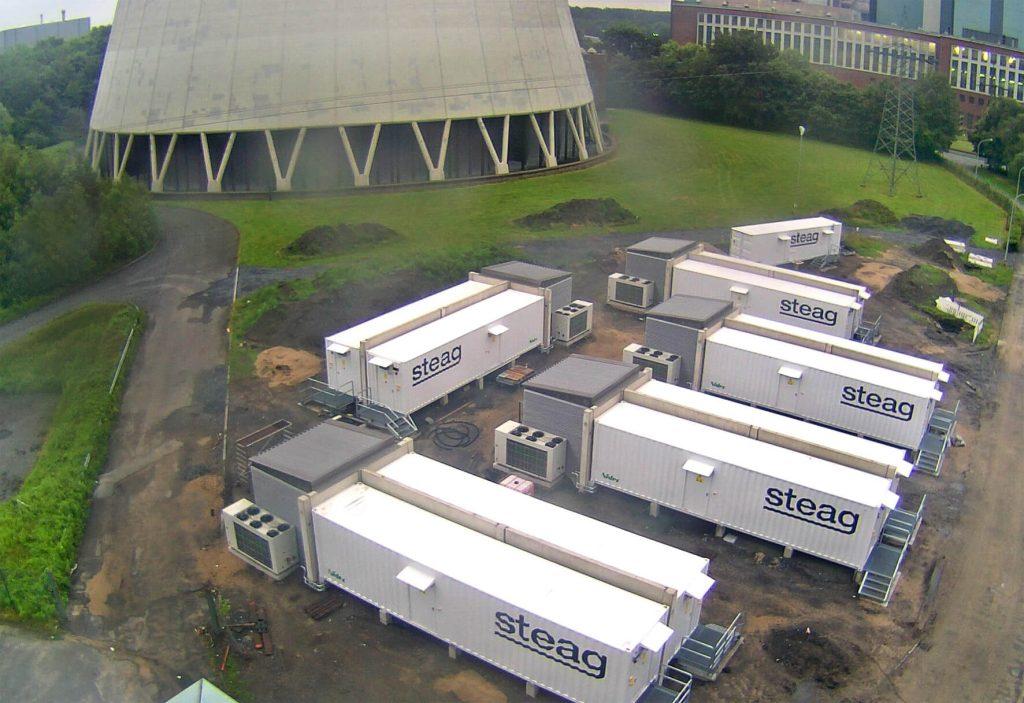 Bateriové systémy jsou instalovány u existujících elektráren. Zdroj: www.steag-energyservices.com