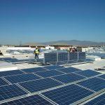 SolarCity bude kvůli snížení očekávaných instalací v roce 2016 snižovat náklady