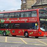 První londýnské elektrické autobusové linky budou zprovozněny do konce roku