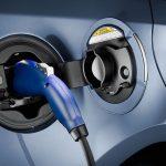 Evropské automobilky vystaví stovky rychlonabíjecích stanic