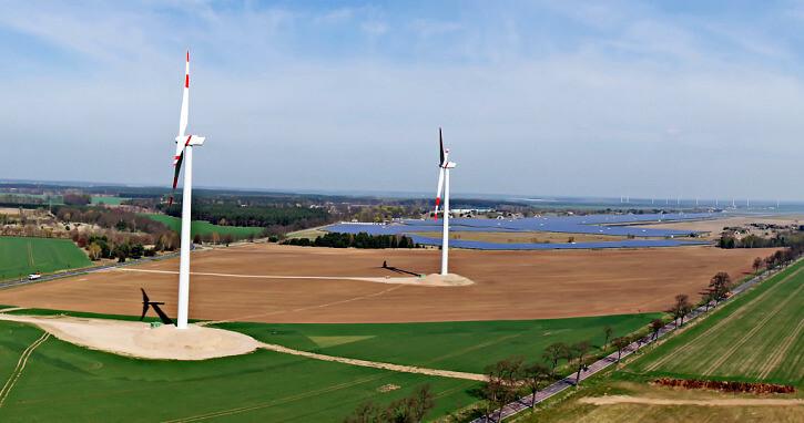 větrné elektrárny, Zdroj: Flickr @René