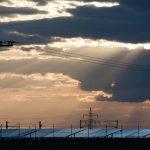 V Británii se vyrobilo za posledního půlroku více elektřiny ze slunce než z uhlí