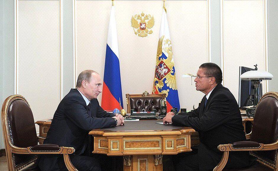 Zadržený ministr Alexej Uljukajev při setkání s ruským prezidentem Vladimirem Putinem
