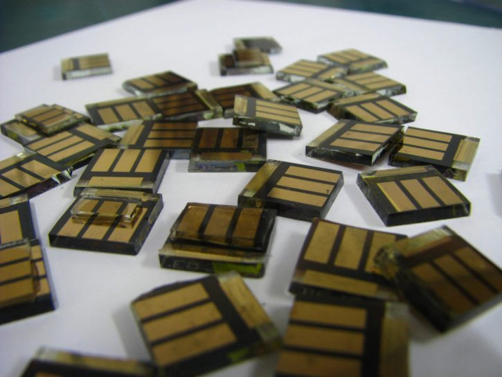 Perovskite tin solar cell