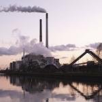 IEA: Globální spotřeba uhlí bude v následujících pěti letech stagnovat